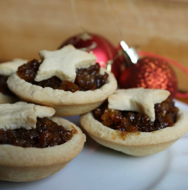 homemade fruit mince pie
