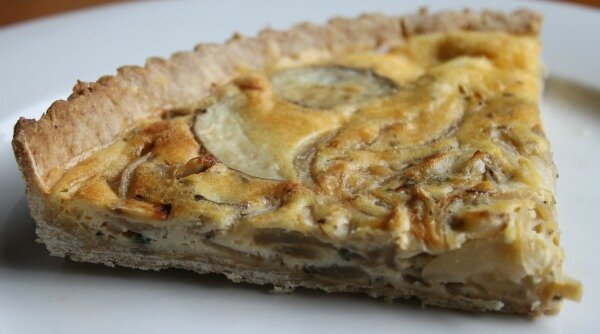 caramelised onion and potato pie