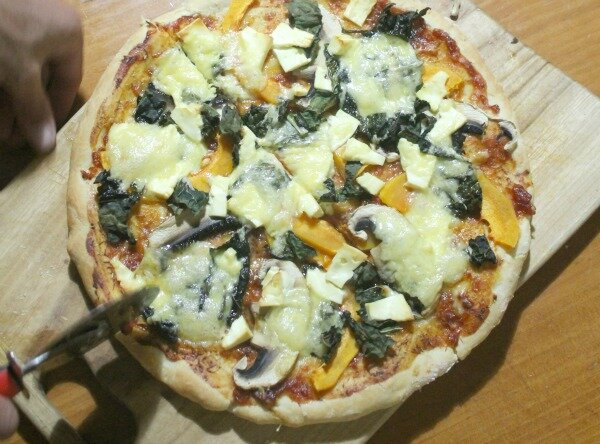 kale, pumpkin and feta pizza