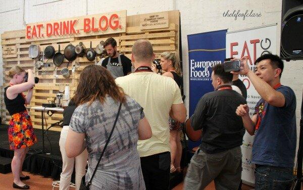 food blogger paparazzi EDB13