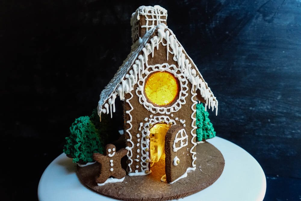 gingerbread-house-16